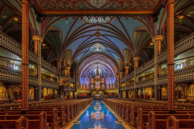 Interior of the Notre-Dame Basilica, located in the historic district of Old Montreal, Quebec, Canada. Diego Delso CC BY-SA.