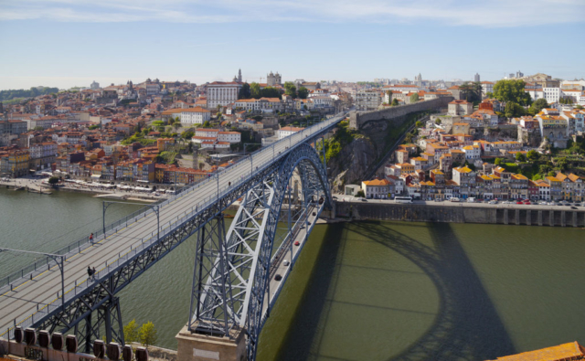 Dom Luis I bridge over the Douro river connecting Vila Nova de Gaia and Porto, in Portugal.